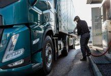 Η Volvo Trucks βλέπει αυξημένο ενδιαφέρον για τη χρήση εναλλακτικών καυσίμων στα βαρέα φορτηγά