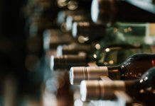 ΚΕΟΣΟΕ: Ξεπερνώντας την Κίνα οι ΗΠΑ θα γίνουν η κορυφαία στον κόσμο αγορά για online πωλήσεις κρασιού