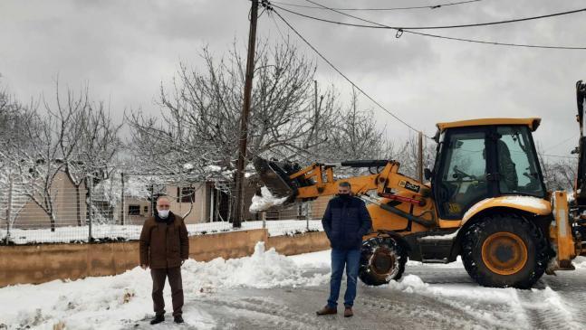 Επί ποδός ο μηχανισμός του Δήμου Μαρωνείας Σαπών για την αντιμετώπιση της χιονόπτωσης